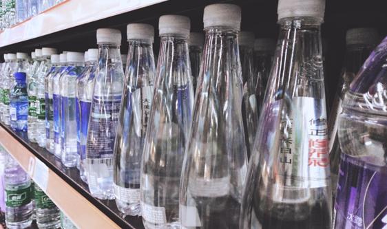 苏打水市场活跃 无菌灌装设备防范生产污染