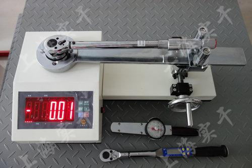 扭力扳手检验设备图片