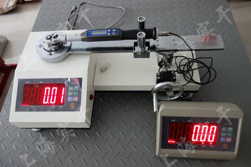 触屏扭力扳手检验设备图片