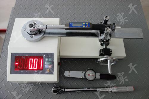 校准扭力矩扳手检测力仪图片