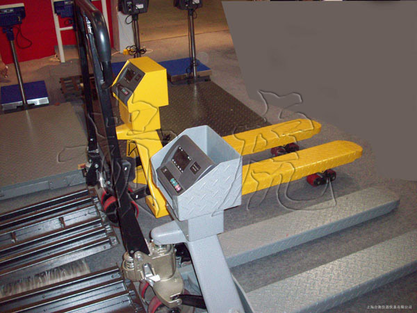 【2吨搬运电子称】2T搬运叉车称价格